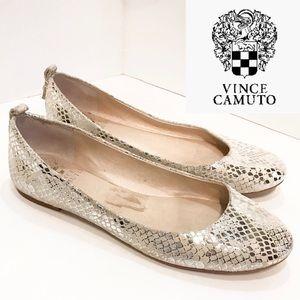 Vince Camuto Benningly white silver snake ballet